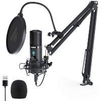Micrófono USB de color negro utilizado para cantar.