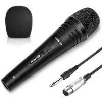 microfono dinamico de color negro utilizado para grabar voces