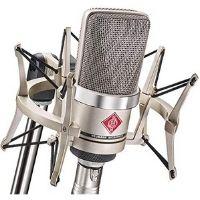 Micrófono de válvulas. De los mejores modelos de válvulas. Muy buena relación calidad-precio.